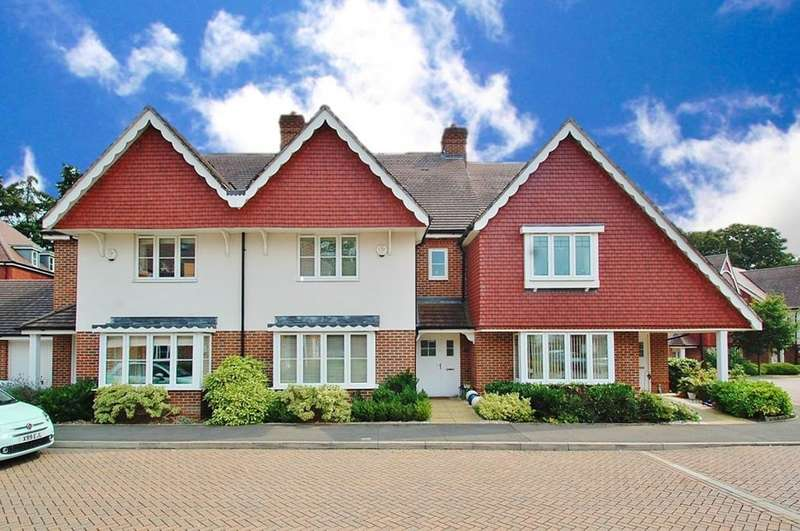 4 Bedrooms Terraced House for sale in Upper Meadow, Hedgerley Lane, Gerrards Cross, SL9