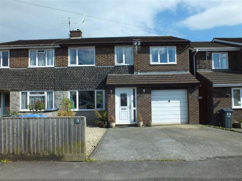 4 Bedrooms Property for sale in Southview Road, Trowbridge, Wiltshire, BA14
