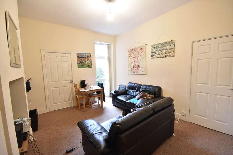 3 Bedrooms Flat for rent in Grosvenor Road, Jesmond