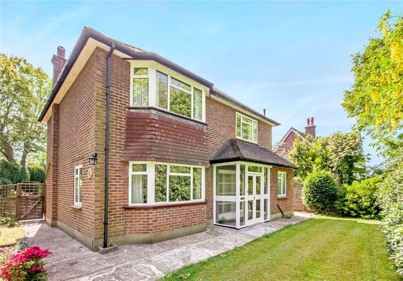 4 Bedrooms Detached House for sale in Furzefield Road, Reigate, Surrey, RH2