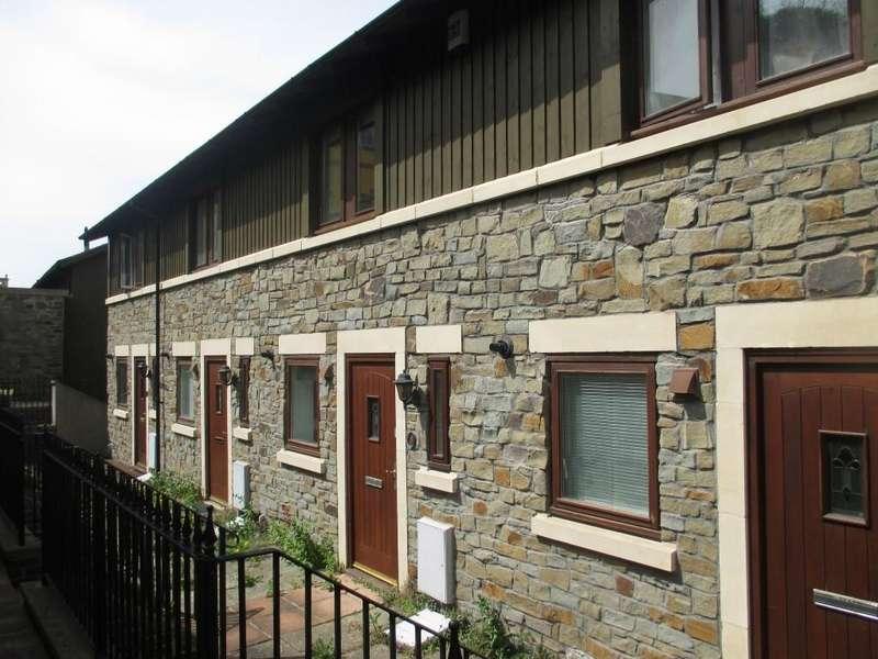 3 Bedrooms Town House for rent in Stoke Park, Vanbrugh Lane BS16 1GX