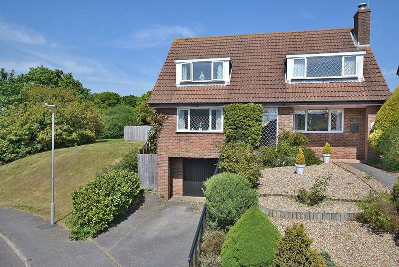 5 Bedrooms Detached House for sale in Stephen Langton Drive, Bearwood, BOURNEMOUTH