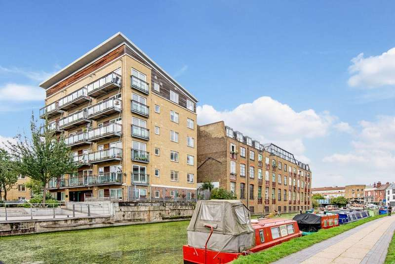 1 Bedroom Apartment Flat for sale in Darwen Place, Tower Hamlets, London E2