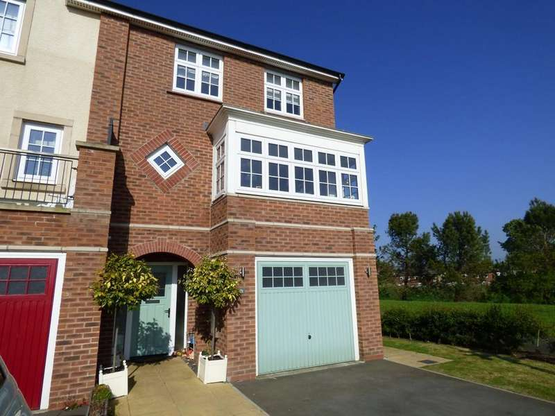4 Bedrooms End Of Terrace House for sale in Santa Cruz Avenue, Lytham