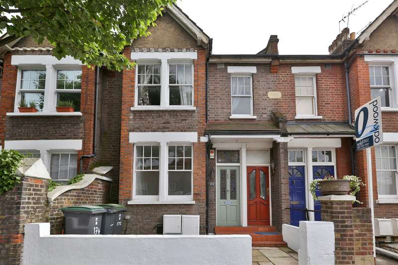 2 Bedrooms Flat for sale in Vartry Road, London
