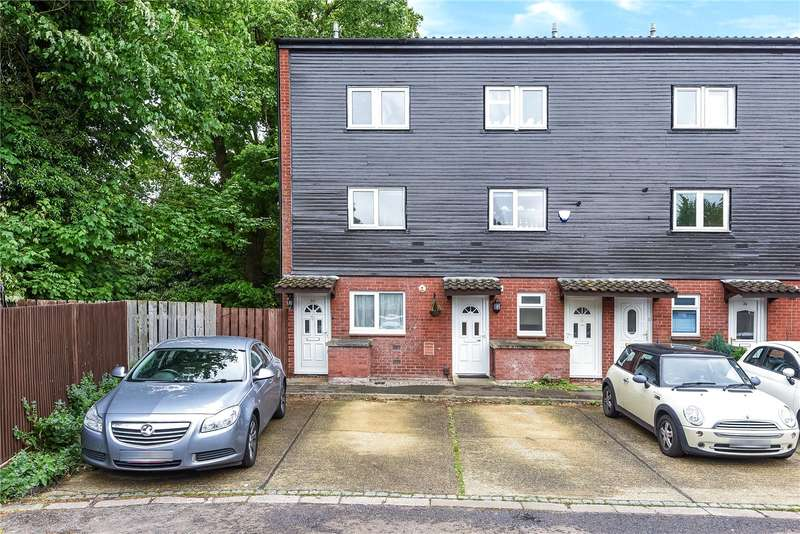 1 Bedroom Maisonette Flat for sale in Myrtleside Close, Northwood, Middlesex, HA6