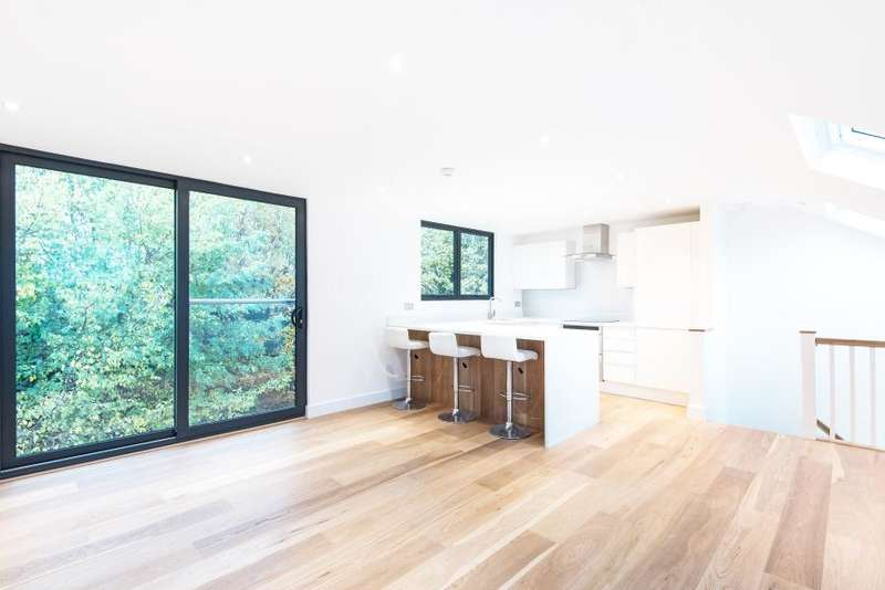 3 Bedrooms Apartment Flat for sale in Merton Avenue, Chiswick W4