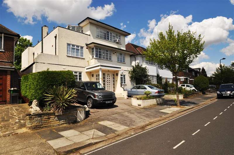 6 Bedrooms Detached House for sale in The Ridings, Ealing, W5 3BT