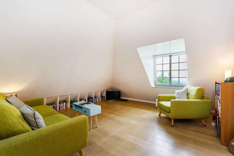2 Bedrooms Flat for sale in Sydenham Hill, Sydenham, SE26