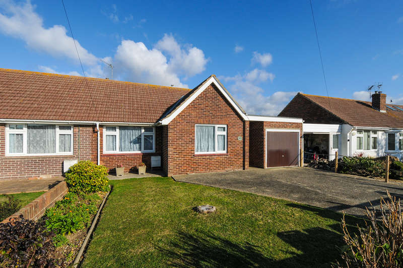 2 Bedrooms Semi Detached Bungalow for sale in Solent Road, East Wittering, PO20