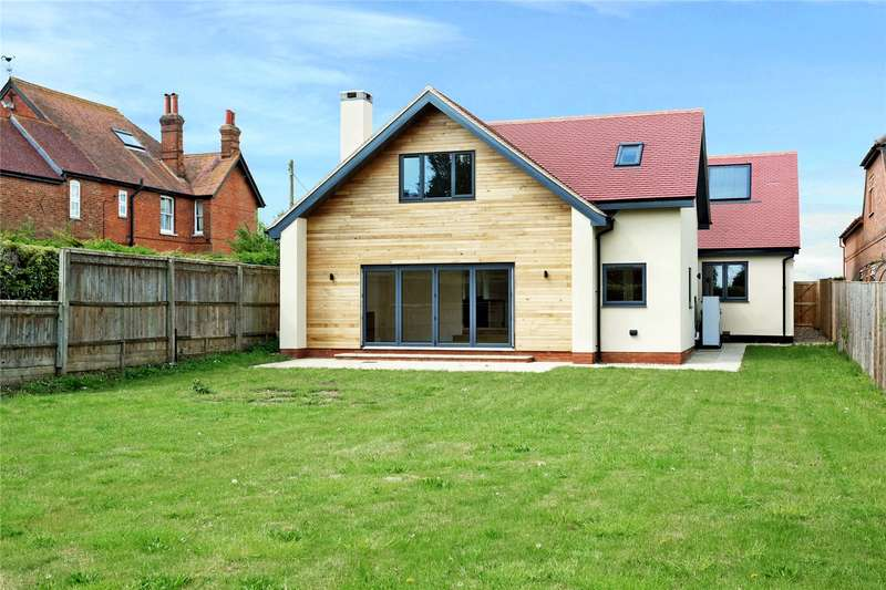 4 Bedrooms Detached House for sale in Cuddington Road, Dinton, Aylesbury, Buckinghamshire, HP18