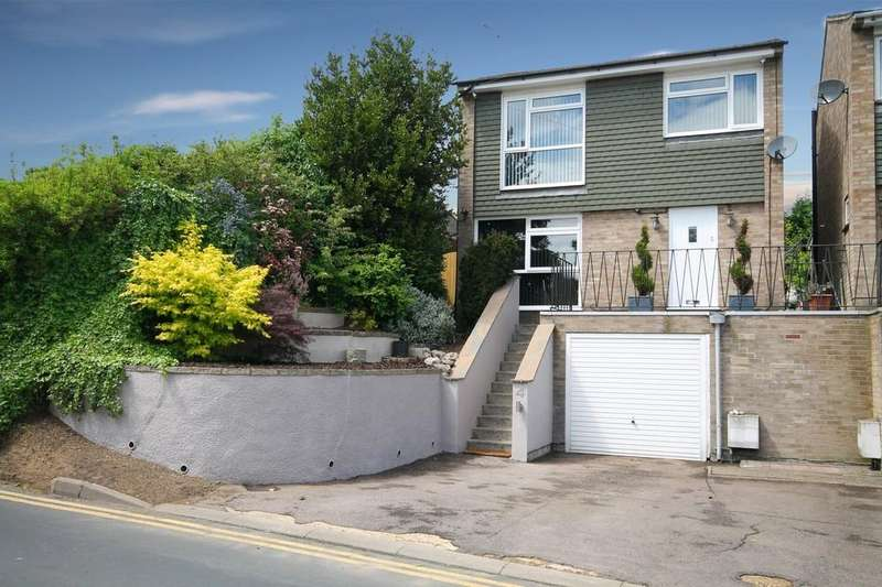 3 Bedrooms Detached House for sale in Hoe Lane, Ware