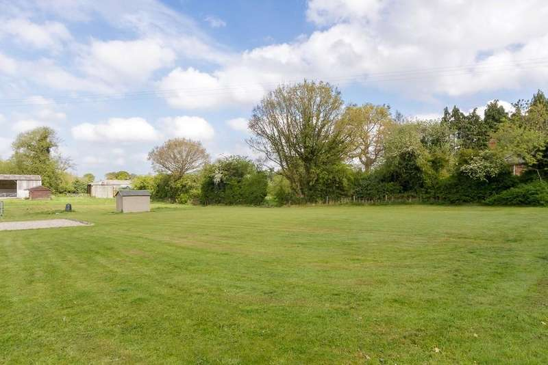Land Commercial for sale in Taylors Lane, Oakhanger