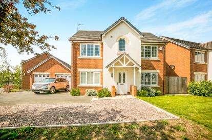 4 Bedrooms Detached House for sale in Queens Court, Bradley, Wrexham, Wrecsam, LL11
