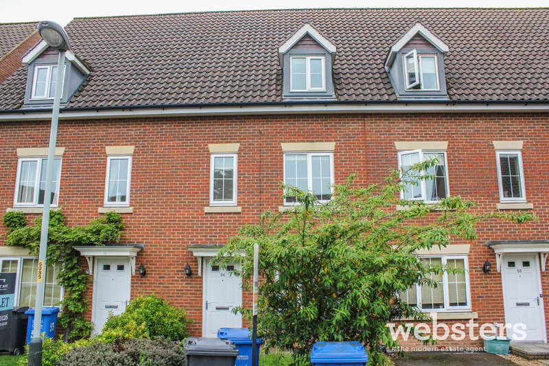 3 Bedrooms Town House for sale in Whistlefish Court, Norwich NR5