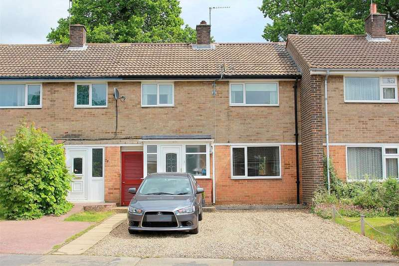 3 Bedrooms House for sale in SPACIOUS and WELL PRESENTED 3 BED family home in Gadebridge Road, HP1