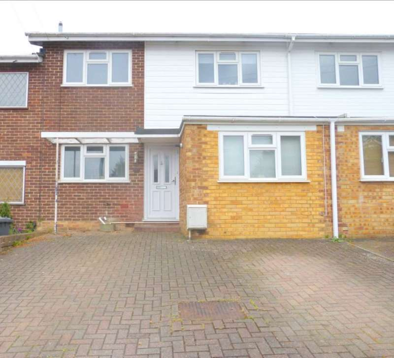 3 Bedrooms Terraced House for sale in Anthony Road, Borehamwood
