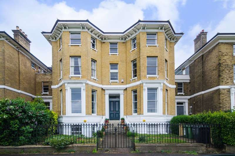 2 Bedrooms Flat for sale in Dartmouth Terrace, Greenwich, SE10