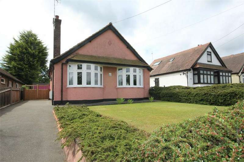 3 Bedrooms Detached Bungalow for sale in Maldon Road, Great Baddow, CHELMSFORD, Essex