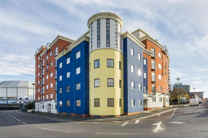 2 Bedrooms Flat for sale in Brindley Point, 20 Sheepcote Street, Birmingham