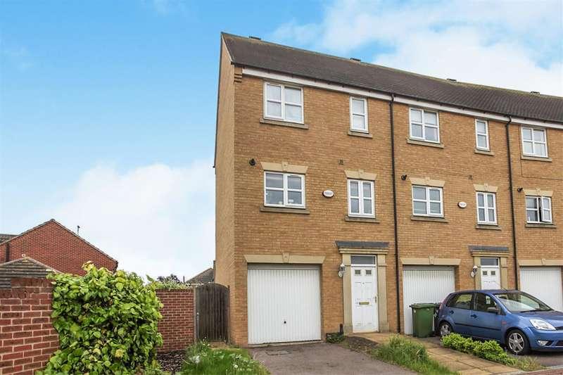 3 Bedrooms End Of Terrace House for sale in Hargate Way, Hampton Hargate, Peterborough, PE7