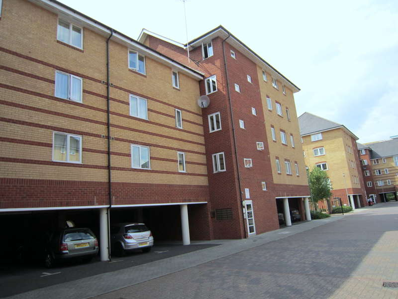 2 Bedrooms Apartment Flat for sale in Scotney Gardens, Maidstone