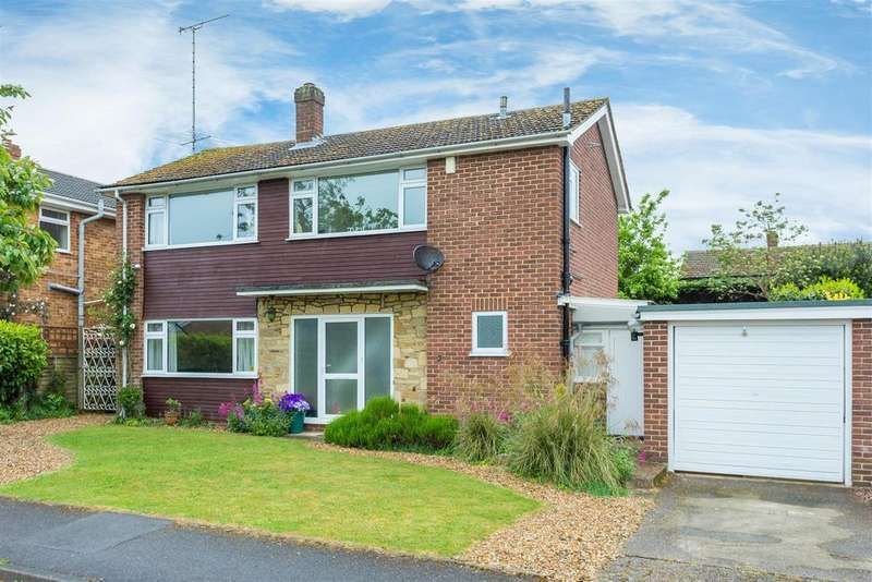 3 Bedrooms Detached House for sale in River View, Flackwell Heath