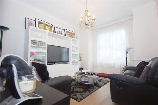 3 Bedrooms Terraced House for sale in Napier Road, Kensal Green, London