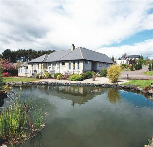 6 Bedrooms Detached Bungalow for sale in Osprey View, Fowlis, Dundee