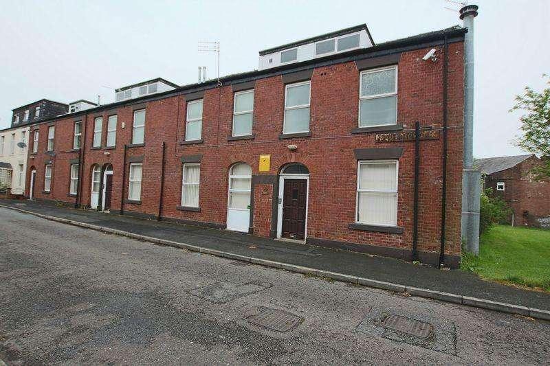 16 Bedrooms Terraced House for sale in Grandidge Street, Rochdale OL11 3SA