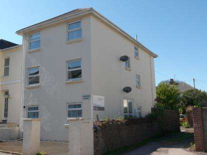 2 Bedrooms Flat for sale in Elmsleigh Road, Paignton, Devon
