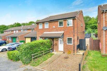 2 Bedrooms Semi Detached House for sale in Scardale, Heelands, Milton Keynes, Buckinghamshire