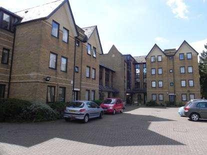 2 Bedrooms Retirement Property for sale in Hamilton Square, Sandringham Gardens, London