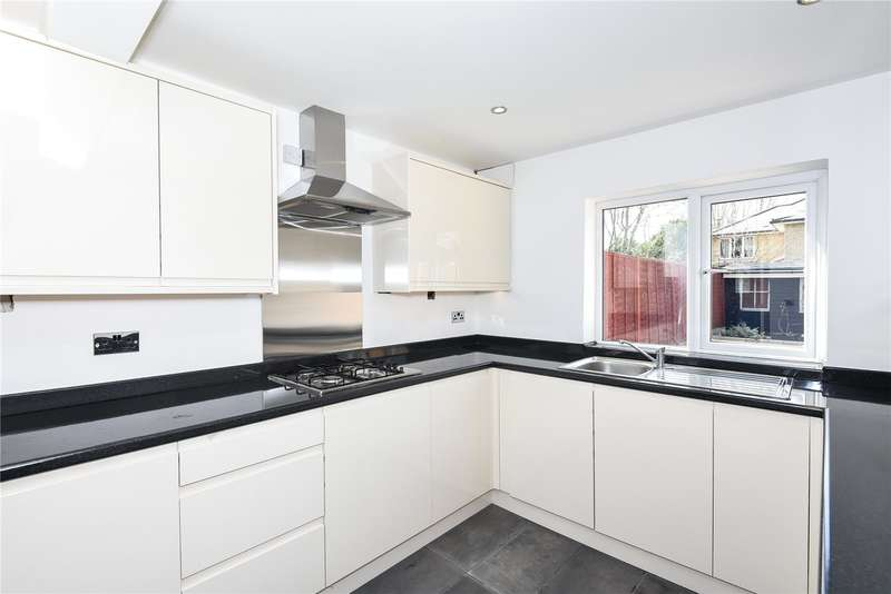 3 Bedrooms Terraced House for sale in Alexandra Road, Uxbridge, Middlesex, UB8