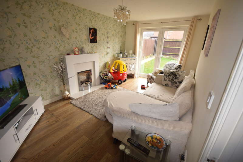 3 Bedrooms Semi Detached House for sale in Furlong Road, Tunstall