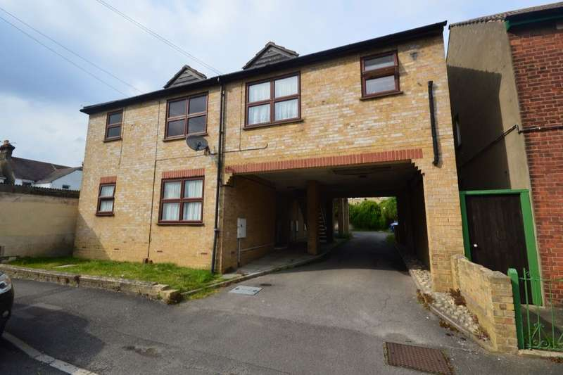 1 Bedroom Flat for sale in Cavendish Avenue, Gillingham, ME7