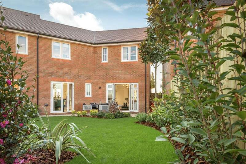 3 Bedrooms Semi Detached House for sale in Brand New CALA Home, Shopwyke Lakes, Shopwhyke Road, Chichester, PO20