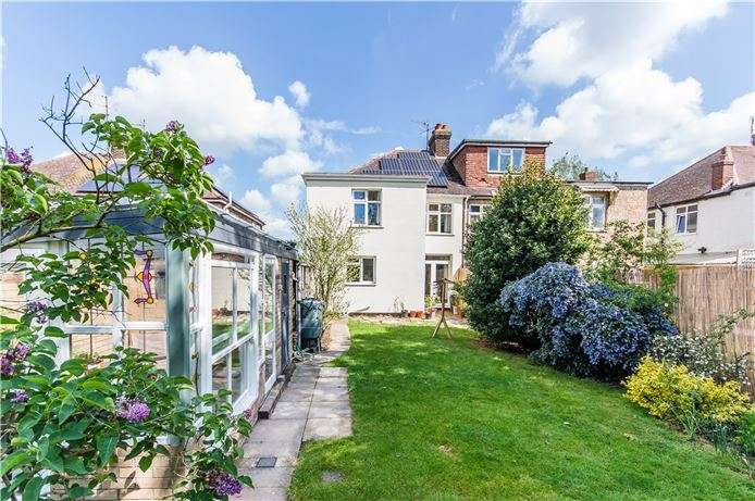 4 Bedrooms Semi Detached House for sale in Pepys Way, Girton, Cambridge
