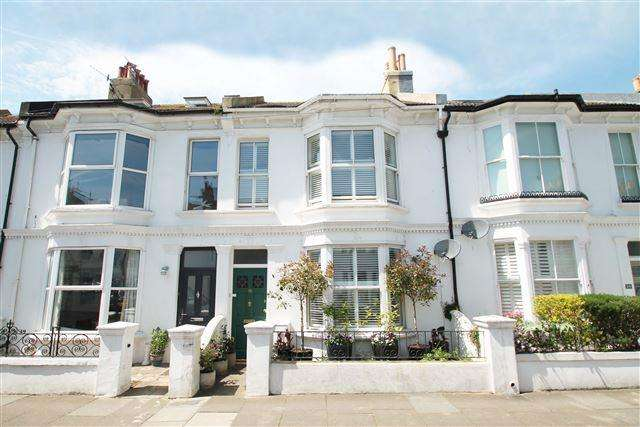 3 Bedrooms Terraced House for sale in Connaught Terrace, Hove
