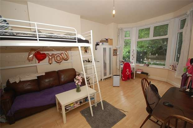 Flat for sale in Flat 3, 102 College Road, MANCHESTER