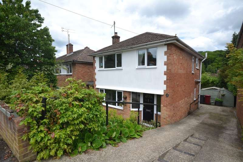 3 Bedrooms Detached House for sale in Caversham