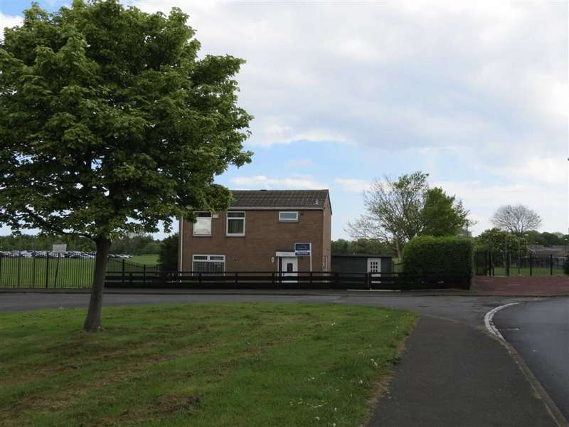 3 Bedrooms Property for sale in Heworth Road, Usworth, Washington