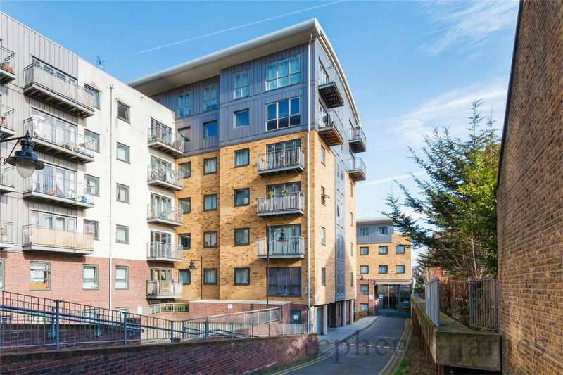 1 Bedroom Flat for sale in Thomas Fyre Drive, Bow, E3