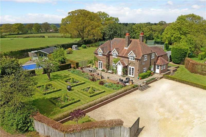 7 Bedrooms Detached House for sale in Heath End, Rossway, Berkhamsted, Hertfordshire, HP4