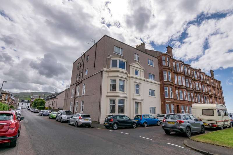 2 Bedrooms Flat for sale in Union Street, Largs, KA30 8DQ
