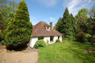 4 Bedrooms Detached House for sale in Tylers Lane, Horney Common, Uckfield, East Sussex