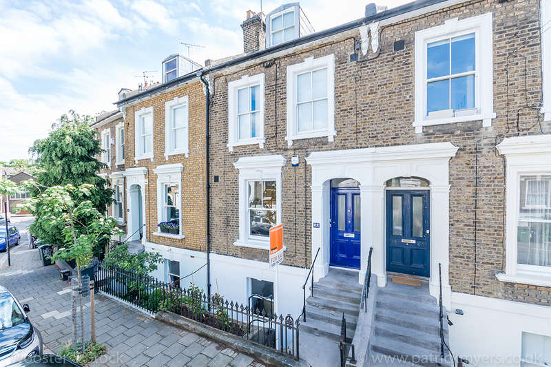 2 Bedrooms Apartment Flat for sale in Flaxman Road, , SE5