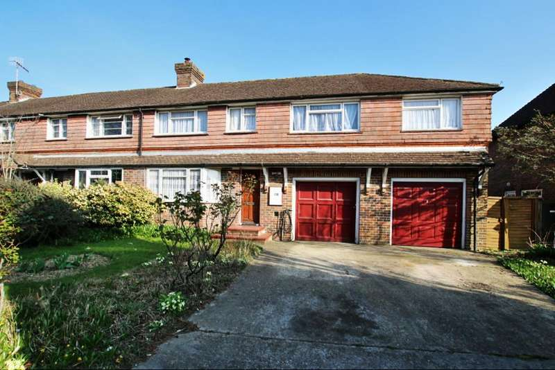 5 Bedrooms House for sale in Hawks Road, Hailsham BN27