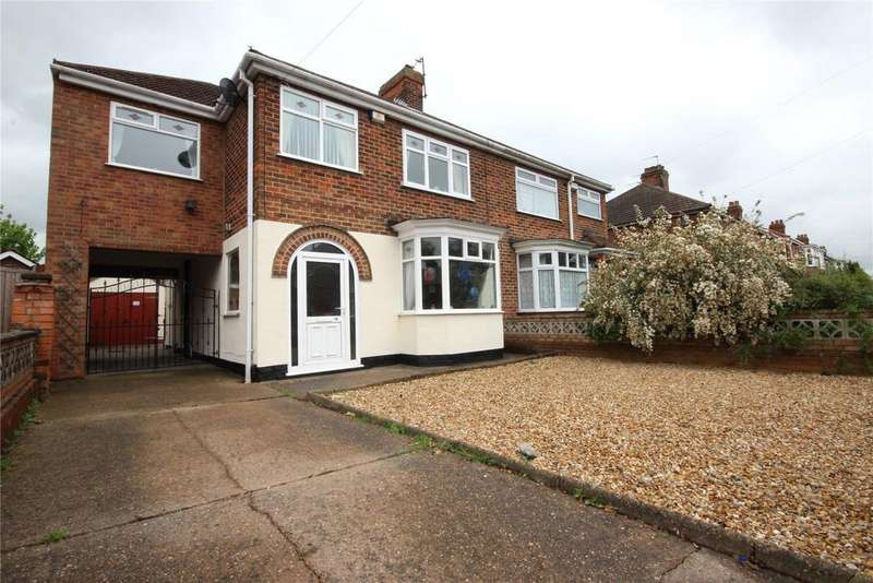4 Bedrooms Semi Detached House for sale in Queen Mary Avenue, Cleethorpes, DN35