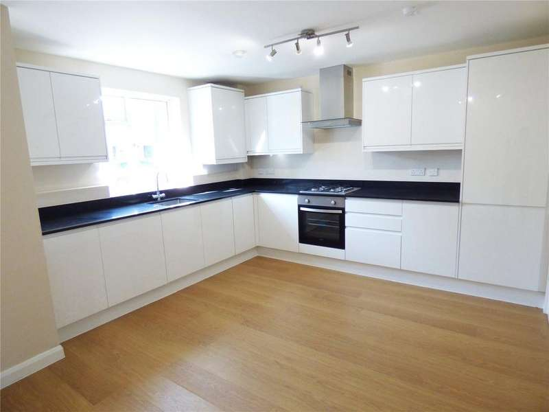 3 Bedrooms End Of Terrace House for sale in Oliver Road, Leyton, E10